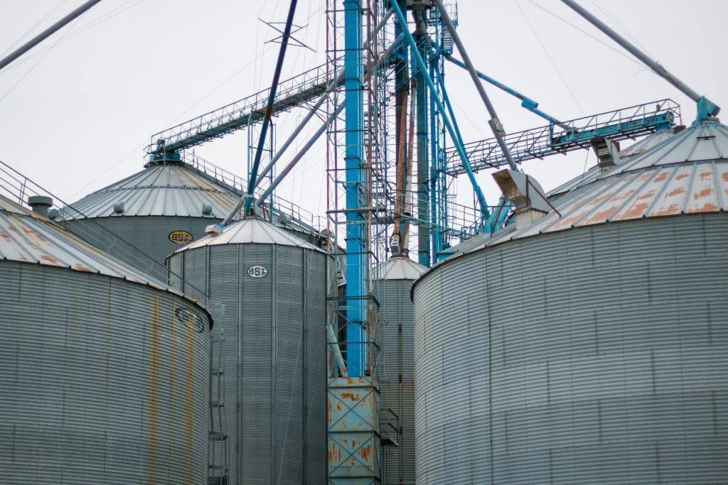 grain storage bins